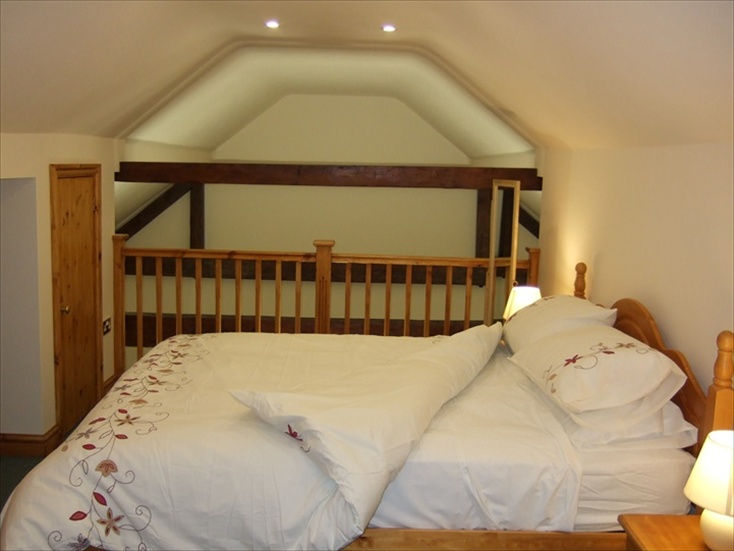 self Catering Tamworth cottage